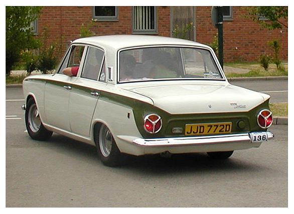 Ford Lotus Cortina - 2-drzwiowy sedan (1962-1966)